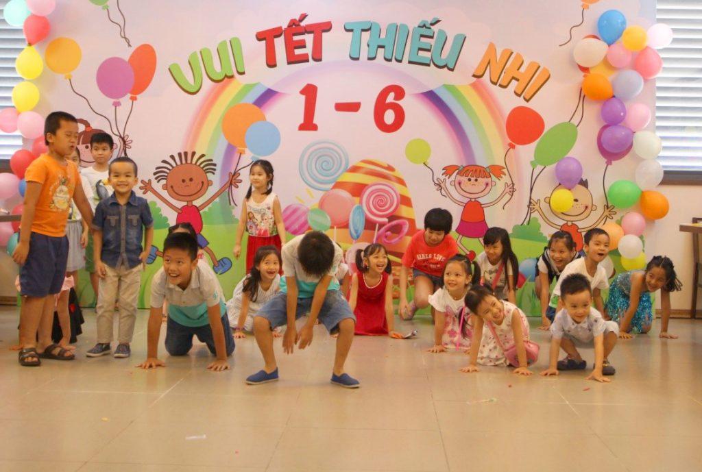 Vui tết thiếu nhi Việt Tín